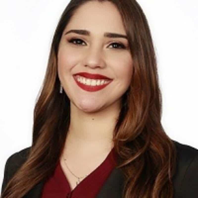 Alejandra-Bonillas-Headshot