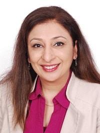 Priya Almelkar Headshot