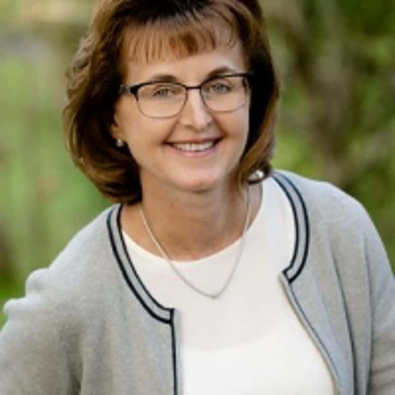 Valerie Weaver headshot